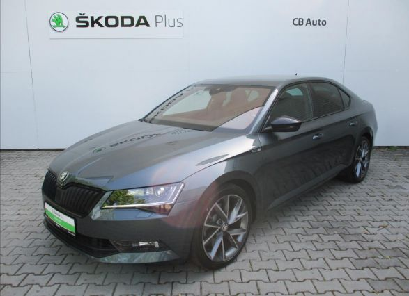 ŠKODA Superb sedan